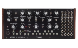 Instrument Moog Mother-32
