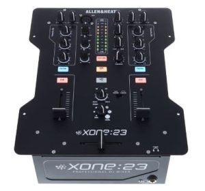 Opter pour la table de mixage DJ Allen-&-Heath-Xone-23